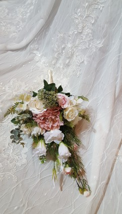 Faux Bouquet in cream and soft pink