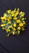40 cm Posy pad Yellow Roses and Freesias